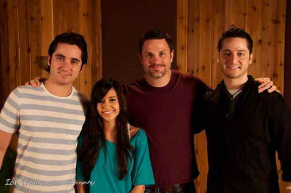 Boyce Avenue (Daniel, Alejandro) and Megan Nicole with Adam Barber