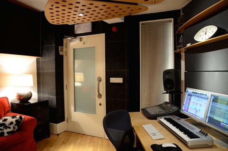 Ant G - Studio 2-1