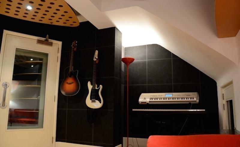 Ant G - Studio 3-1